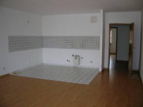 Bsp.-Wohnzimmer + Küche