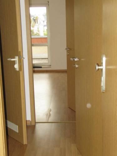 Flur - Zugang zum Wohnraum